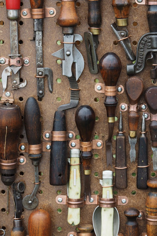tools_awl_pliers_antique_equipment_work_craft_workshop-669444.jpg!d